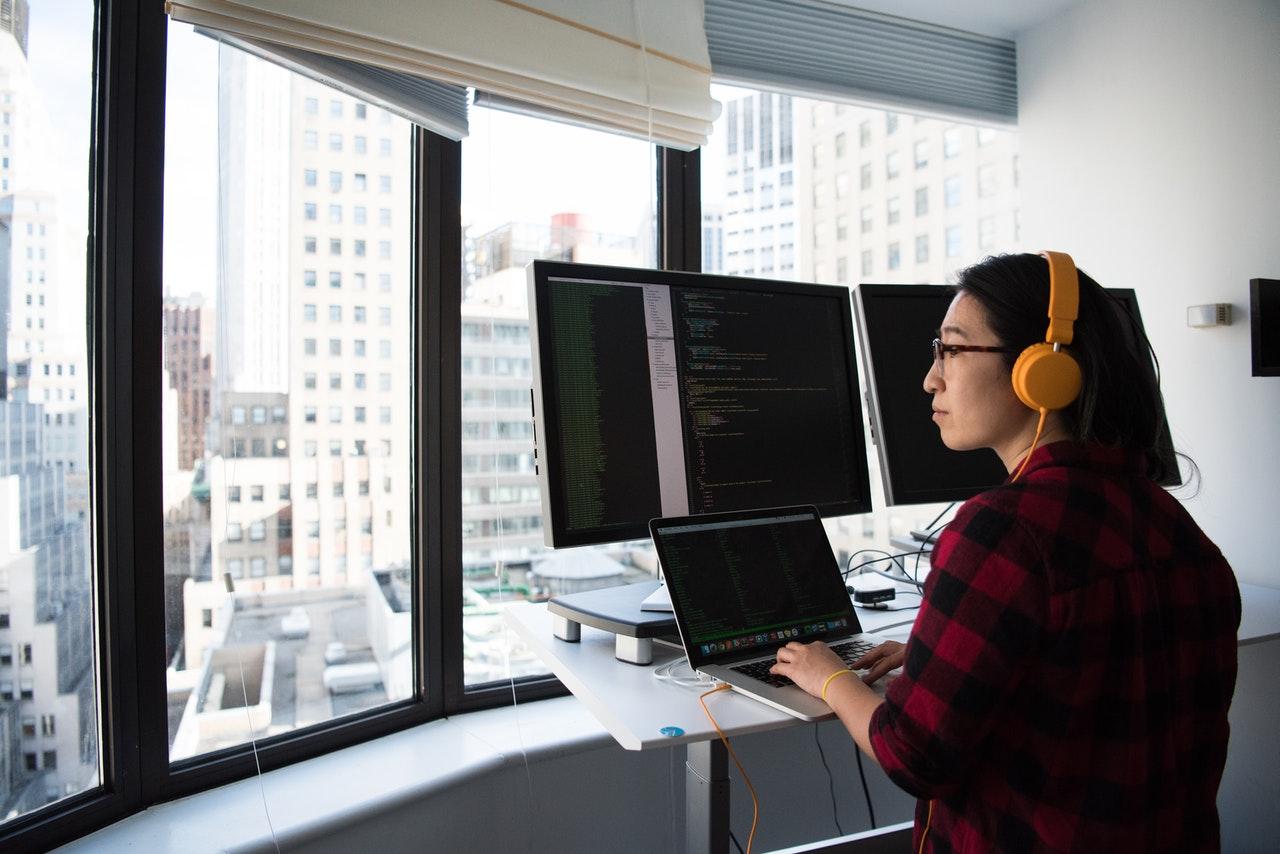 Qu'est-ce qu'un développeur web full stack?